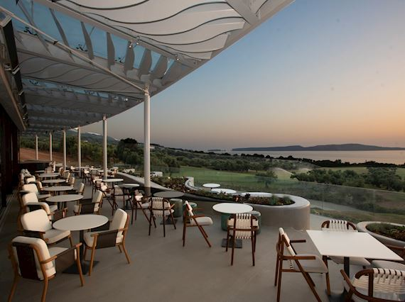 Ted's Lounge at The Bay Course
